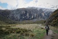 Laguna 69 trek, Huarez